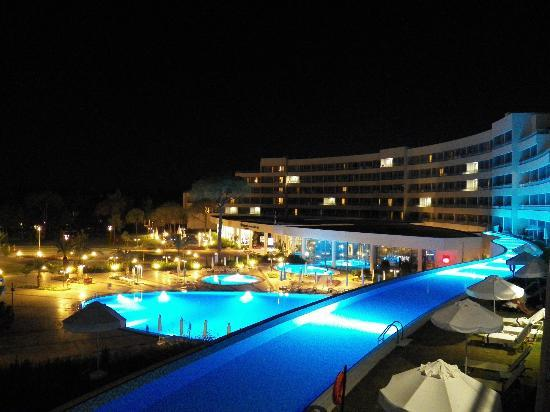 SENTIDO Zeynep Resort: amazing night view from balcony