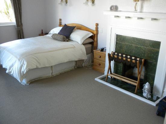 Maison Bearnaise Bed & Breakfast : Guest room