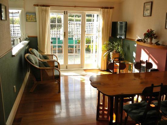 Maison Bearnaise Bed & Breakfast : Breakfast room