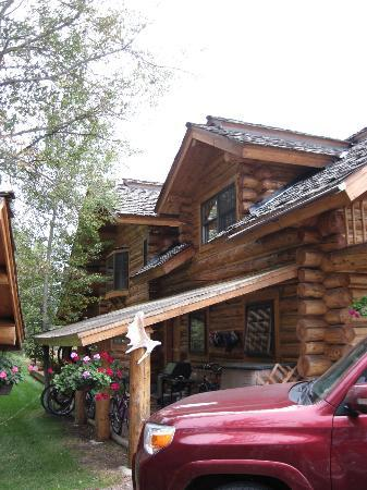 Wildflower Lodge at Jackson Hole: Outside