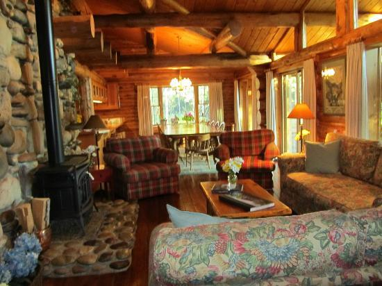 Wildflower Lodge at Jackson Hole: Main room