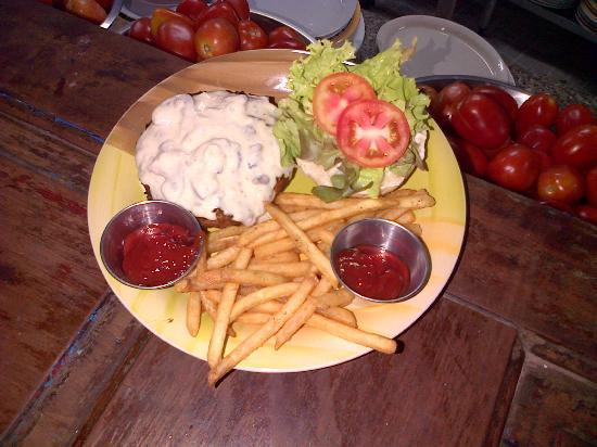 Mango Tango: Hamburguesa con queso azul
