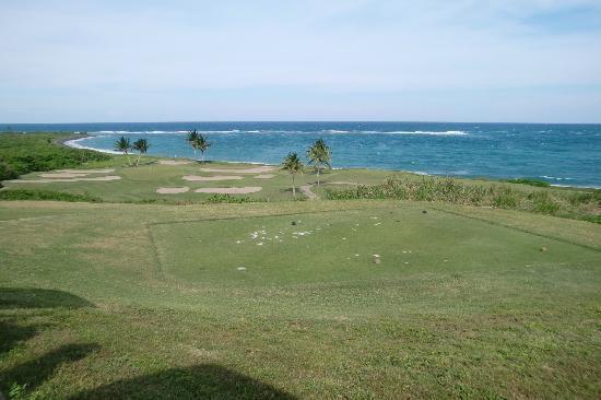Royal St. Kitts Golf Club: Blick auf die blaue Karibik