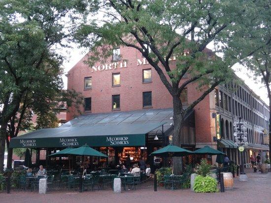 McCormick & Schmick's Seafood - Park Plaza : Restuarant from Fanuel Hall