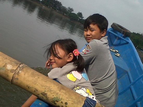 Tasikmalaya, Indonesia: Keliling Danau