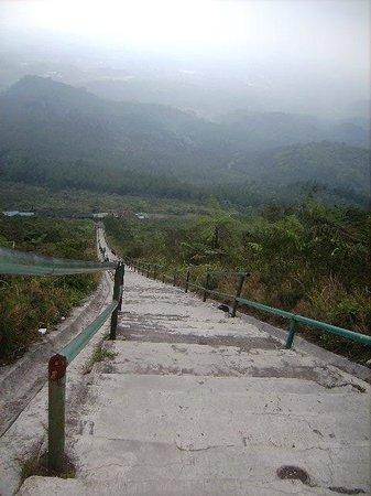 Tasikmalaya, Indonesia: 620 anak tangga