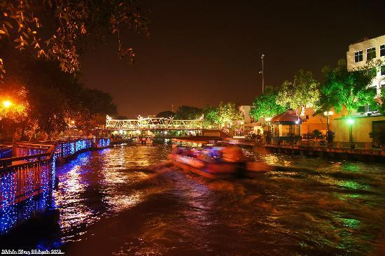 Melaka River By Night River Cruise Operating At Night Too  Picture Of Ma