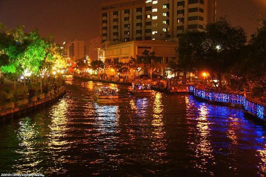Melaka River By Night  Picture Of Malacca River Melaka  TripAdvisor