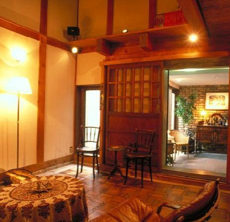 Camellia Inn Yukitsubaki : カメリアイン雪椿