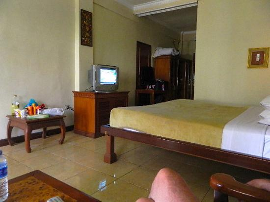 Melasti Legian Beach Resort & Spa: Great Room