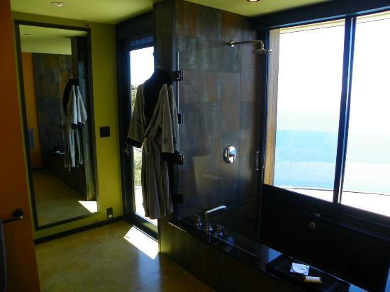 Post Ranch Inn: Cliff House bathroom 