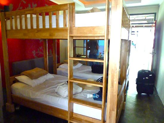 Kayun Hostel: Deluxe 4 Bed Private Room