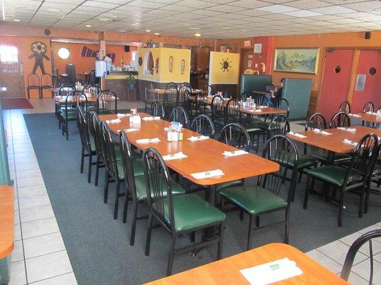 La Carreta Mexican Restaurant: dining room