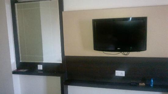 Hotel Mandakini Jaya International: Facility provided