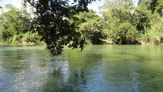 Laguna Miramar : Rio Perlas