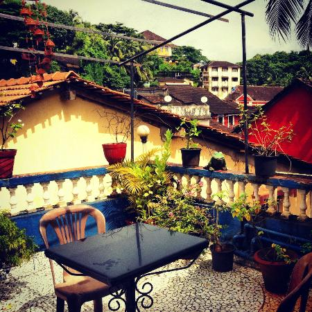 Afonso Guest House : Vistas desde la terraza