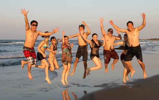 El Puerto Marina Beach Resort & Spa: Jump shot beach area