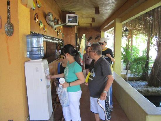 El Puerto Marina Beach Resort & Spa: Free drinking water