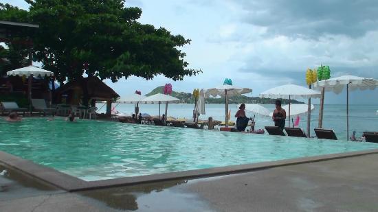 Lamai Wanta: выход на пляж и бассейн