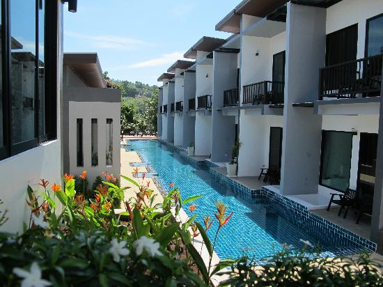 Deluxe Pool Access @ Alphabeto Resort