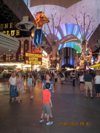 Las Vegas Discount coupons There are free Las Vegas discount coupons, promo codes and deals for for almost anything to do in the city.