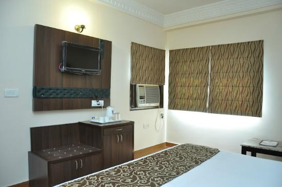 The New Casablanca (TNC): my room