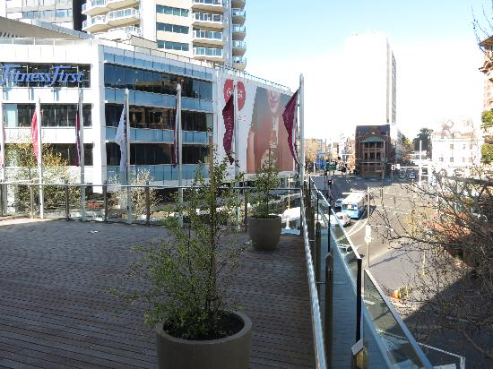 Mercure Sydney Potts Point: Kings Cross area, view from the smoking deck
