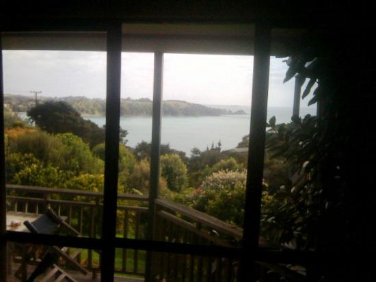 Le Chalet Waiheke Apartments: View from Avignon Apartment