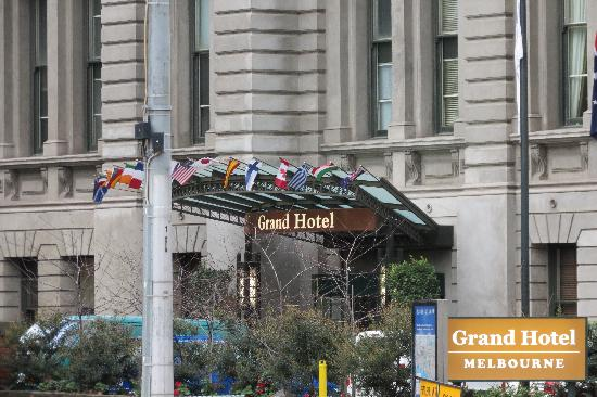 Quest Grand Hotel Melbourne: the hotel