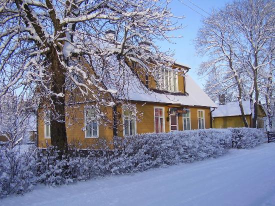 Karluti Hostel