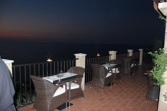 Hotel Rocca Della Sena: Cena in terrazza