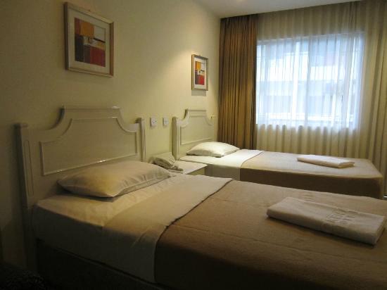 Promenade Hotel Apartments: Twin sharing