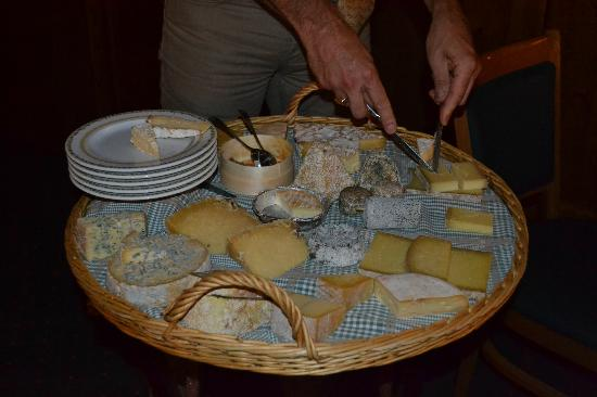 Le Calgary: The amazing cheeseboard!