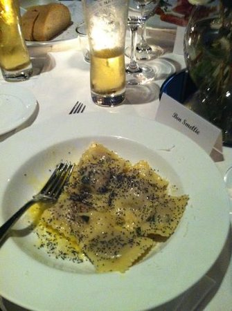 Fellini Ristorante e Bar: ravioli. mmmmm