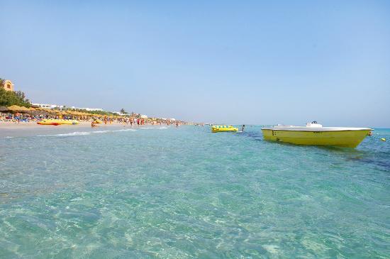 Nour Palace Resort : plage
