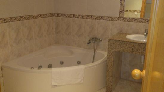 Apartamentos Solvasa Cabo de Banos: baño