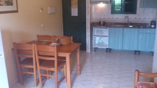 Apartamentos Solvasa Cabo de Banos: comedor