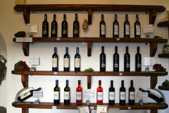Gavalas Winery: Diversidad de vinos