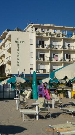Hotel Costa Verde : hotel visto dalla spiaggia
