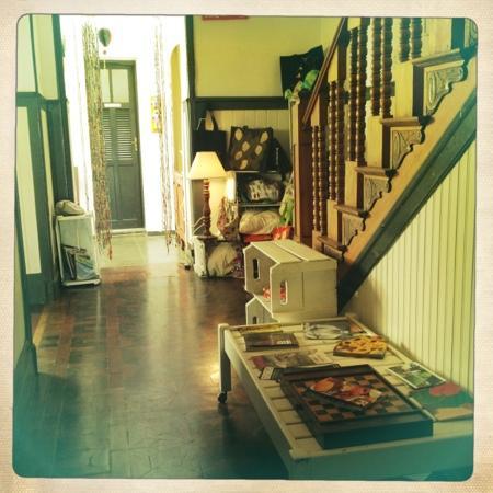 Casalegre Art Vila B&B - Santa Teresa: Aufgang zu den Zimmern