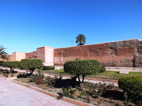 Marrakech Ramparts: R4