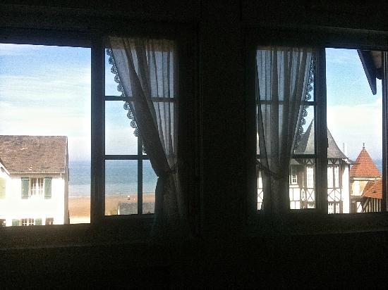 Hotel De La Mer : vue mer