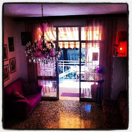 Hotel Villa Elia: La hall