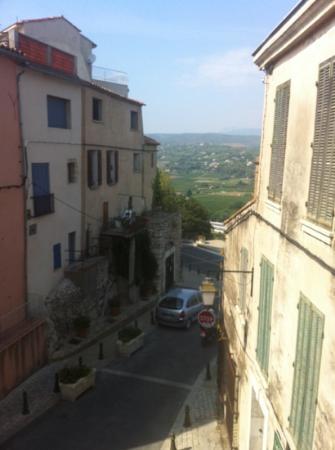 Hostellerie Berard: vue de notre chambre