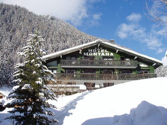 Hotel Le Montana : hotel l'hiver