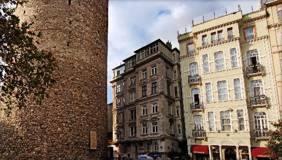 Anemon Galata: Galata Tower on the left and Anemon Hotel on the right