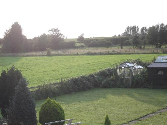Badgers Mount Hotel: Sunset view in daylight