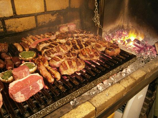 Buen Ayre: The grill, full full full