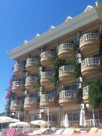 Grand Hotel Faros: nice exterior