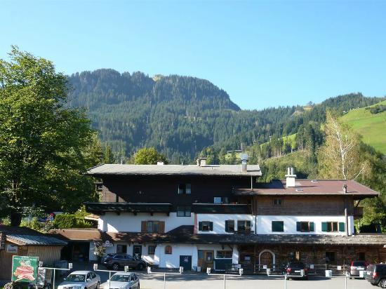 Hotel Schweizerhof Kitzbuehel, Sport- & Beautyhotel: The view from our room